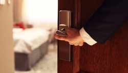 10-Eye-Opening-Statistics-All hoteliers need to know